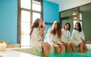 Beneficios físicos y mentales de tomar baños de vapor o saunas húmedas