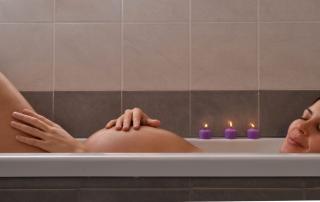 Cómo mejorar la vida sexual durante el embarazo por medio del baño de vapor y otras alternativas de terapia
